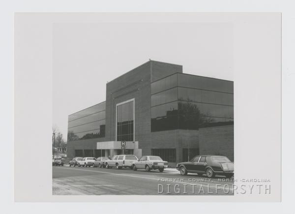 MRI Building