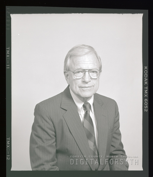 Dr. Robert L. Vann