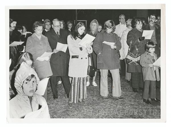 Peace vigil at Salem Square, 1973.