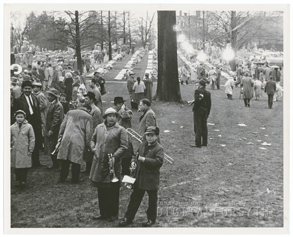 Easter Sunrise Service at God's Acre in Salem, 1958.