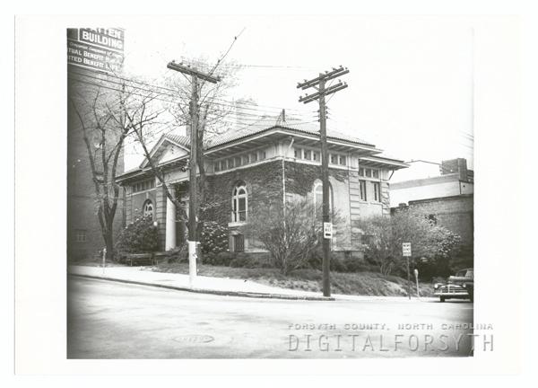 Carnegie Library on Cherry Street, 1954.