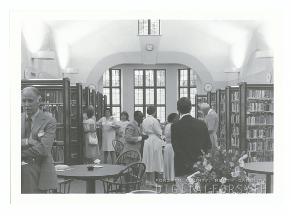 Dedication of the Southside Branch Library on Buchanan Street, 1986.