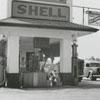 Quality Oil Company. Shouse and Stultz Shell Service Station.