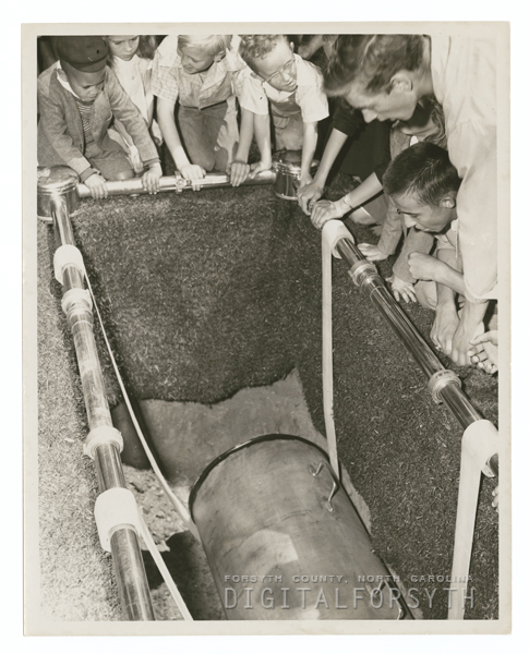 Forsyth County Centennial Celebration. Burying the time capsule, 1949.