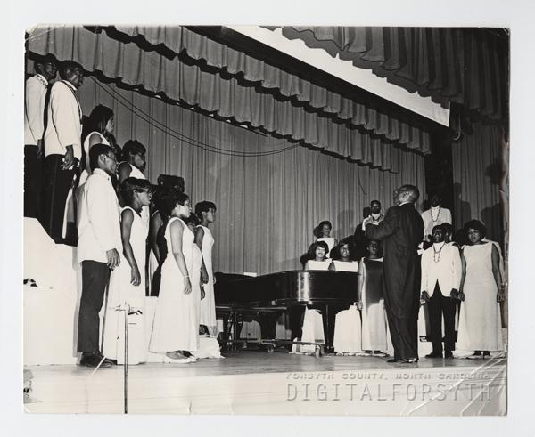 University Choir in Concert in Fries Auditorium